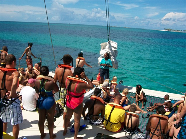 Safety is our prime concern on sailing and snorkeling tours
